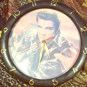 Elvis presley Collectible wall clock works perfect